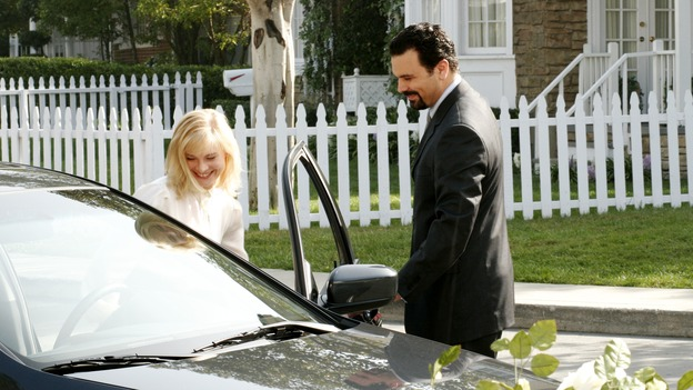 "DESPERATE HOUSEWIVES - ""That's Good, That's Bad"" (ABC/RON TOM)MELINDA PAGE HAMILTON, RICARDO ANTONIO CHAVIRA"
