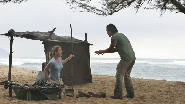 "LOST - ""The Whole Truth"" (ABC/MARIO PEREZ)CYNTHIA WATROS, DANIEL DAE KIM"
