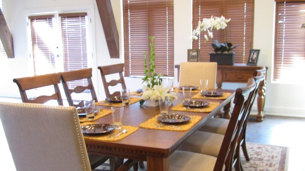 EXTREME MAKEOVER HOME EDITION - &quot;Hill Family,&quot; - Dining Room Picture,              on   &quot;Extreme Makeover Home Edition,&quot; Friday, November 4th                 (8:00-10:00   p.m.  ET/PT) on the ABC   Television Network.