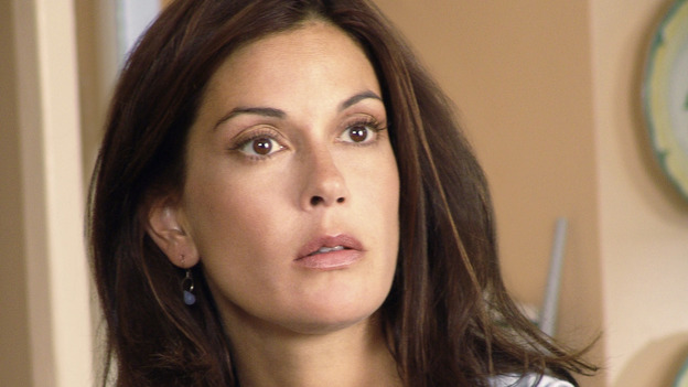 "DESPERATE HOUSEWIVES - ""AH, BUT UNDERNEATH"" - (ABC/DANNY FELD) TERI HATCHER"