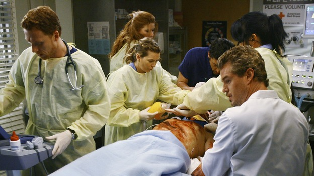 "GREY'S ANATOMY - ""Now or Never"" - Drs. Owen Hunt, Meredith Grey, Derek Shepherd, Mark Sloan and Callie Torres work on patient ""John Doe,"" on ""Grey's Anatomy,"" THURSDAY, MAY 14 (9:00-11:00 p.m., ET) on the ABC Television Network. KEVIN MCKIDD, ELLEN POMPEO, PATRICK DEMPSEY, ERIC DANE, SARA RAMIREZ"
