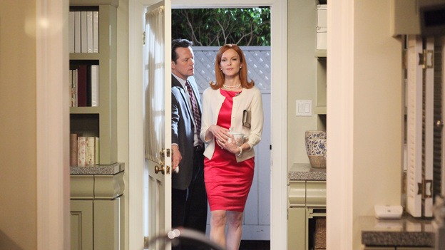 DESPERATE HOUSEWIVES - &quot;Women and Death&quot; (ABC/DANNY FELD)STEVEN CULP, MARCIA CROSS