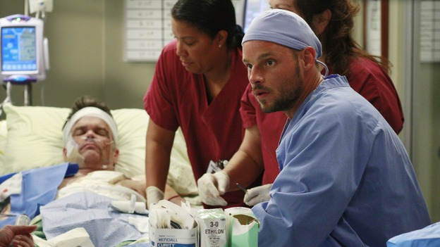 "GREY'S ANATOMY - ""Where the Wild Things Are"" - Six weeks after Derek and Meredith ended their relationship and Derek began dating Rose, Meredith and her fellow residents, Alex, Izzie and Cristina, compete in a surgical contest, with Bailey serving as judge. Meanwhile interns George and Lexie adjust to their new, squalid apartment, and Callie finds a friend in her roommate Cristina's nemesis, Erica Hahn, on ""Grey's Anatomy,"" THURSDAY, APRIL 24 (9:00-10:01 p.m., ET) on the ABC Television Network. (ABC/RON TOM)STEVEN FLYNN, JUSTIN CHAMBERS"