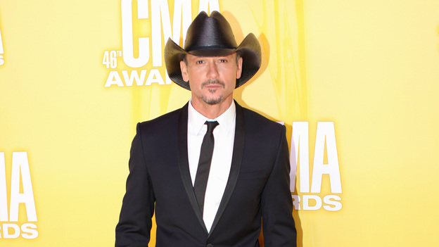 THE 46TH ANNUAL CMA AWARDS - RED CARPET ARRIVALS - &quot;The 46th Annual CMA Awards&quot; airs live THURSDAY, NOVEMBER 1 (8:00-11:00 p.m., ET) on ABC live from the Bridgestone Arena in Nashville, Tennessee. (ABC/SARA KAUSS)TIM MCGRAW