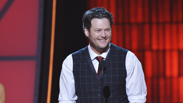 "THE 46TH ANNUAL CMA AWARDS - THEATRE - ""The 46th Annual CMA Awards"" airs live THURSDAY, NOVEMBER 1 (8:00-11:00 p.m., ET) on ABC live from the Bridgestone Arena in Nashville, Tennessee. (ABC/KATHERINE BOMBOY-THORNTON) BLAKE SHELTON"