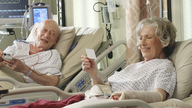 GREY'S ANATOMY - &quot;Shiny Happy People&quot; - An elderly patient admitted into the E.R. for a heart condition sees a familiar face, a long lost love who happens to be in the E.R. as well for a fractured arm, and the staff find themselves caught up in their love story. Meanwhile, Karev treats a troubled teenage patient (guest star Demi Lovato) whose parents brought her in for schizophrenia, and Meredith can't help but tell Cristina about her suspicions of Owen -- which inevitably messes with Cristina's head -- on &quot;Grey's Anatomy,&quot; THURSDAY, MAY 13 (9:00-10:01 p.m., ET) on the ABC Television Network. (ABC/RON TOM)ALAN MANDELL, MARION ROSS
