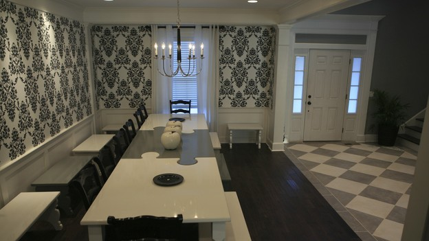 EXTREME MAKEOVER HOME EDITION - &quot;Hill Family,&quot; - Dining Room, on &quot;Extreme Makeover Home Edition,&quot; Sunday, October 11th on the ABC Television Network.