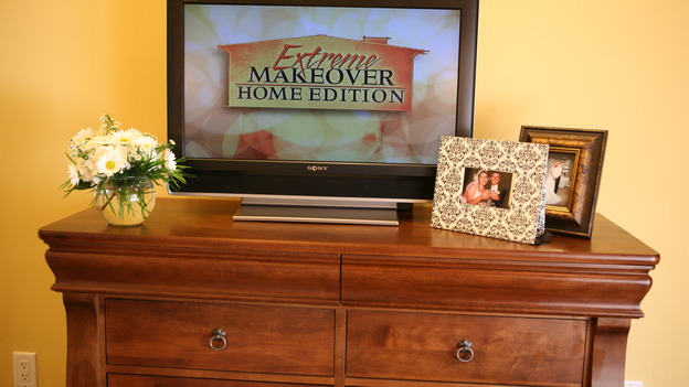 "EXTREME MAKEOVER HOME EDITION - ""Usea Family,"" -  Master Bedroom Detail, on ""Extreme Makeover Home Edition,"" Sunday, May 18th on the ABC Television Network."