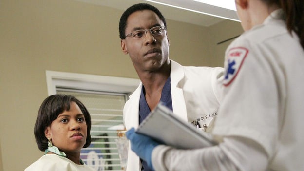 "GREY'S ANATOMY - ""INTO YOU LIKE A TRAIN"" (ABC/CRAIG SJODIN)CHANDRA WILSON, ISAIAH WASHINGTON, BROOKE BLANCHARD"