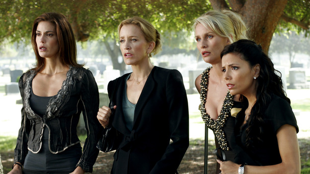 DESPERATE HOUSEWIVES - &quot;They Asked Me Why I Believe in You&quot; -- Susan's longtime book agent and dear friend, Lonny Moon (guest star Wallace Shawn), gets into financial trouble; Lynette is forced to go out to bars night after night with her man-hungry boss, Nina (guest star Joely Fisher); Bree re-buries Rex amid police suspicions, and Gaby hires hotshot lawyer David Bradley (guest star Adrian Pasdar) to defend Carlos, on Desperate Housewives,&quot; SUNDAY, OCTOBER 23 (9:00-10:01 p.m., ET) on the ABC Television Network. (ABC/RON TOM)TERI HATCHER, FELICITY HUFFMAN, NICOLLETTE SHERIDAN, EVA LONGORIA