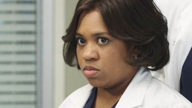 "GREY'S ANATOMY - ""How Insensitive"" - Bailey preps the team with a mandatory sensitivity training prior to admitting a 700-pound patient with compounded medical issues, and the case proves to be challenging in every sense of the word. Meanwhile Derek has to come face to face with a former patient's husband in a wrongful death deposition, and spending time with a heart patient's daughter opens up some old wounds for Cristina, on ""Grey's Anatomy,"" THURSDAY, MAY 6 (9:00-10:01 p.m., ET) on the ABC Television Network. (ABC/RON TOM) CHANDRA WILSON"