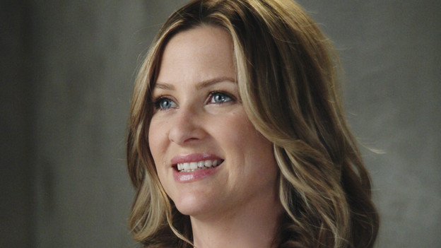 "GREY'S ANATOMY - ""Start Me Up"" - Arizona seeks Mark's advice as she tries to reconcile with Callie, who has big news of her own; Teddy must make a key decision for Henry during his surgery; and on the same day the residents receive a new crop of interns, the Chief announces he is looking for a new Chief Resident, on ""Grey's Anatomy,"" THURSDAY, JANUARY 13 (9:00-10:01 p.m., ET) on the ABC Television Network. (ABC/DANNY FELD)JESSICA CAPSHAW"