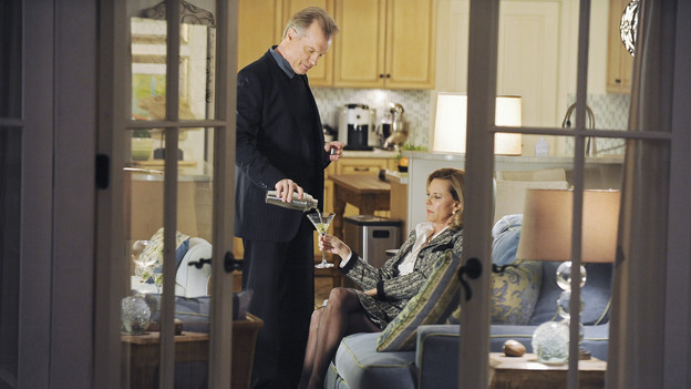 "PRIVATE PRACTICE - ""Blowups"" - Two back-to-back episodes of ""Private Practice"" air on THURSDAY, DECEMBER 3. In the second episode, ""Blowups"" (10:00-11:00 p.m.), a terrible explosion at Dell's house lands Betsey and Heather in the hospital, and everyone is pushed to the limit trying to save their lives. Tensions rise even higher between Addison and The Captain when her mother, Bizzy, shows up and a shocking family secret is revealed. (ABC/ERIC MCCANDLESS) STEPHEN COLLINS, JOBETH WILLIAMS"