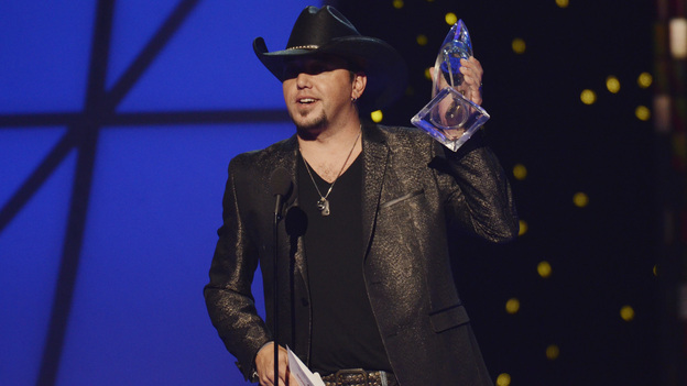 THE 45th ANNUAL CMA AWARDS - THEATRE - &quot;The 45th Annual CMA Awards&quot; broadcast live on ABC from the Bridgestone Arena in Nashville on WEDNESDAY, NOVEMBER 9 (8:00-11:00 p.m., ET). (ABC/KATHERINE BOMBOY-THORNTON)JASON ALDEAN