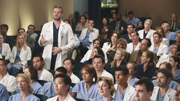 GREY'S ANATOMY - &quot;Loss, Love and Legacy&quot; - The residents try their hardest to impress surgical great Catherine Avery-who also happens to be Jackson's mother-when she arrives at Seattle Grace to perform a groundbreaking transplant surgery; Arizona and Alex find their hands tied with a confidentiality issue when a familiar patient comes into the ER; meanwhile, a love-struck Teddy throws a dinner party for the couples, and Bailey makes a decision regarding her love life, on Grey's Anatomy, THURSDAY, OCTOBER 13 (9:00-10:02 p.m., ET) on the ABC Television Network. (ABC/RICHARD CARTWRIGHT)ERIC DANE, SARA RAMIREZ, JESSICA CAPSHAW, KIM RAVER