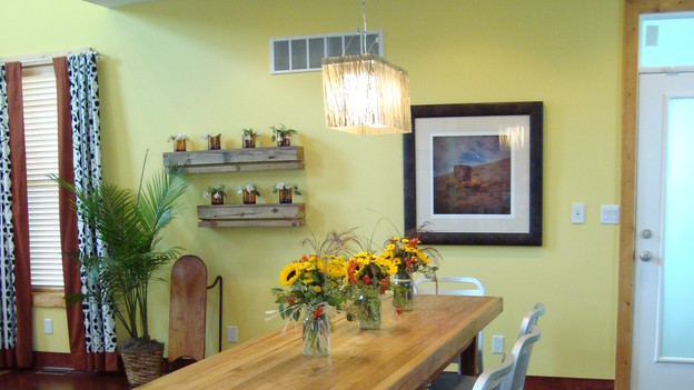 "EXTREME MAKEOVER HOME EDITION - ""Stott Family,"" - Dining Room, on ""Extreme Makeover Home Edition,"" Sunday, November 15th, on the ABC Television Network."