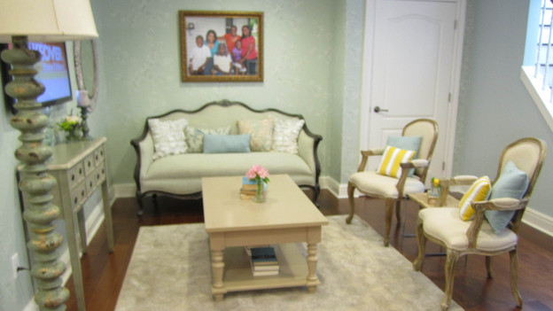 "EXTREME MAKEOVER HOME EDITION - ""Walker Family,"" - Living Room Picture, on  ""Extreme Makeover Home Edition,"" Friday, December 2nd (8:00-10:00 p.m.  ET/PT) on the ABC Television Network."