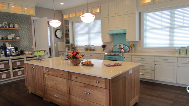 "EXTREME MAKEOVER HOME EDITION - ""McPhail Family,"" - Kitchen Picture,           on   ""Extreme Makeover Home Edition,"" Friday, October 28th              (8:00-10:00   p.m.  ET/PT) on the ABC Television Network."