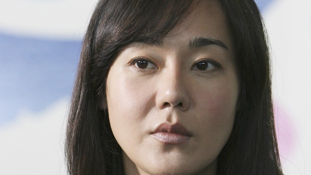 "LOST - ""There's No Place Like Home,"" Part 1 - The face-off between the survivors and the freighter people begins, on ""Lost,"" THURSDAY, MAY 15 (10:02-11:00 p.m., ET) on the ABC Television Network.  (ABC/MARIO PEREZ)YUNJIN KIM"
