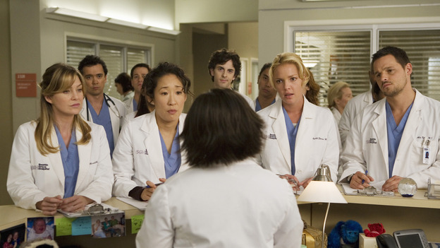 "GREY'S ANATOMY - ""Brave New World"" - Bailey explains that since George is now a resident, the other residents each need to give him an intern, on ""Grey's Anatomy,"" THURSDAY, OCTOBER 16 (9:00-10:01 p.m., ET) on the ABC Television Network. (ABC/RANDY HOLMES) ELLEN POMPEO, SANDRA OH, CHANDRA WILSON, KATHERINE HEIGL, JUSTIN CHAMBERS"