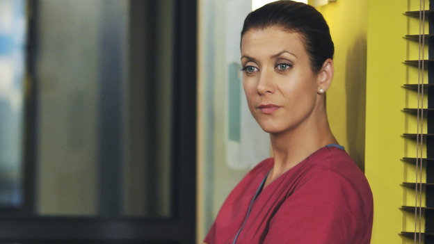 PRIVATE PRACTICE - &quot;Past Tense&quot; - An office election pits Sam and Naomi against each other to lead the practice, and ends with surprising results, while Addison treats a young Afghan girl who wants to hide her past, and Cooper's objectionable personal life catches up with his professional one, on &quot;Private Practice,&quot; WEDNESDAY, OCTOBER 29 (9:00-10:01 p.m., ET) on the ABC Television Network. (ABC/ERIC McCANDLESS)KATE WALSH