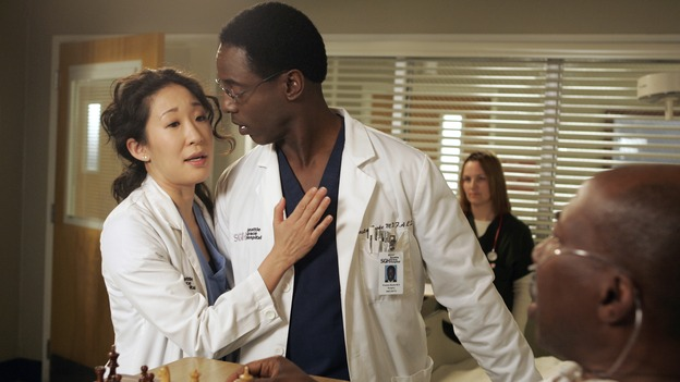 "GREY'S ANATOMY - ""Time After Time"" - Izzie faces her past and finds comfort in George, while Alex becomes more attached to Jane Doe (Elizabeth Reaser), Meredith and Derek question their own status, and Cristina resolves to fight for her relationship with Burke -- despite her past with Colin Marlow (Roger Rees) -- on ""Grey's Anatomy,"" THURSDAY, APRIL 19 (9:00-10:01 p.m., ET) on the ABC Television Network. (ABC/VIVIAN ZINK)SANDRA OH, ISAIAH WASHINGTON, BRENT JENNINGS"