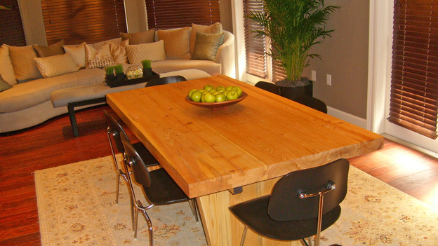 "EXTREME MAKEOVER HOME EDITION - ""Tate Family,"" -  Dining Room, on ""Extreme Makeover Home Edition,"" Sunday, March 4th on the ABC Television Network."
