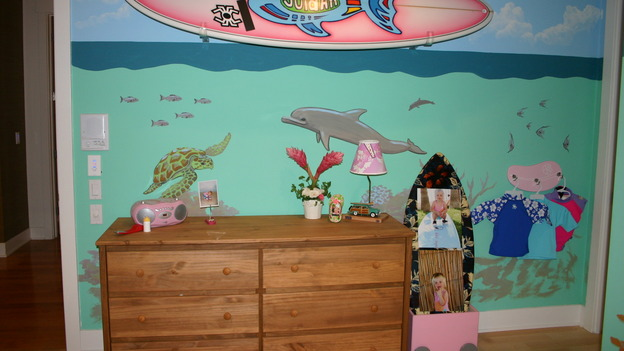 "EXTREME MAKEOVER HOME EDITION - ""Ripatti Family,"" - Girl's Bedroom Mural, on ""Extreme Makeover Home Edition,"" Sunday, December 10th on the ABC Television Network."