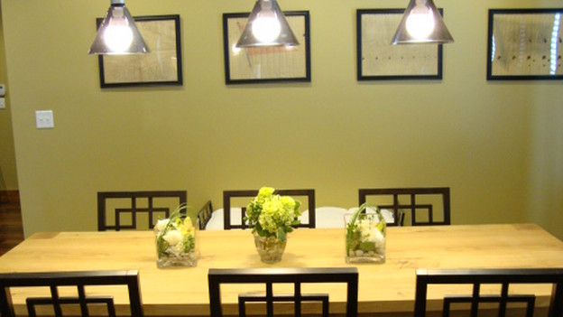 EXTREME MAKEOVER HOME EDITION - &quot;Cowan Family,&quot; - Dining Room, on &quot;Extreme Makeover Home Edition,&quot; Sunday, January 10th on the ABC Television Network.