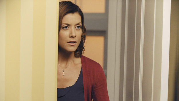 "PRIVATE PRACTICE - ""Blowups"" - Two back-to-back episodes of ""Private Practice"" air on THURSDAY, DECEMBER 3. In the second episode, ""Blowups"" (10:00-11:00 p.m.), a terrible explosion at Dell's house lands Betsey and Heather in the hospital, and everyone is pushed to the limit trying to save their lives. Tensions rise even higher between Addison and The Captain when her mother, Bizzy, shows up and a shocking family secret is revealed. (ABC/ERIC MCCANDLESS)KATE WALSH"