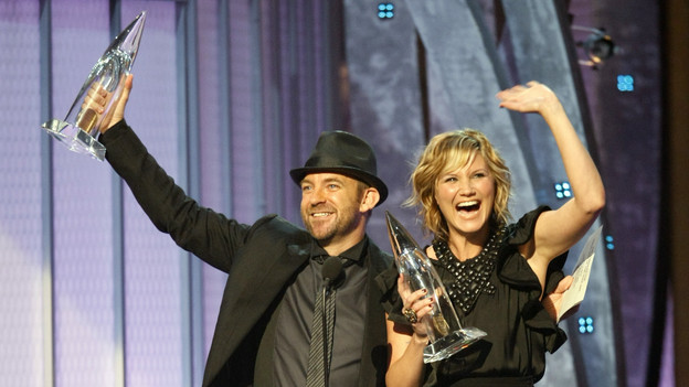 THE 42ND ANNUAL CMA AWARDS - THEATRE - &quot;The 42nd Annual CMA Awards&quot; aired live from the Sommet Center in Nashville, WEDNESDAY, NOVEMBER 12 (8:00-11:00 p.m., ET) on the ABC Television Network. (ABC/CHRIS HOLLO)SUGARLAND