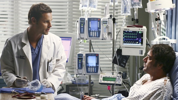 "GREY'S ANATOMY - ""Superstition"" - When a series of deaths occur at Seattle Grace, the uncanny events bring out the doctors' superstitious sides and make Izzie nervous about Denny's surgery. Meanwhile, Derek and Addison discuss making a more permanent living arrangement, and Richard treats a very special, old friend, on ""Grey's Anatomy,"" SUNDAY, MARCH 19 (10:00-11:00 p.m., ET) on the ABC Television Network. (ABC/SCOTT GARFIELD)JUSTIN CHAMBERS, JEFFREY DEAN MORGAN"