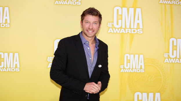 "THE 46TH ANNUAL CMA AWARDS - RED CARPET ARRIVALS - ""The 46th Annual CMA Awards"" airs live THURSDAY, NOVEMBER 1 (8:00-11:00 p.m., ET) on ABC live from the Bridgestone Arena in Nashville, Tennessee. (ABC/SARA KAUSS)BRETT ELDREDGE"