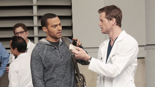 "GREY'S ANATOMY - ""Moment of Truth"" - After eight years of practice, the residents head to San Francisco for their oral boards; sparks fly between Catherine and Richard when they bump into each other at the hotel; Bailey intervenes after Owen and Teddy get into a heated argument about their young car crash patient; and Mark tries to recruit Lexie for one of his cases. Meanwhile, Alex feels guilty for being away from the hospital when Tommy's health begins to fail, on Grey's Anatomy, THURSDAY, APRIL 26 (9:00-10:01 p.m., ET) on the ABC Television Network. (ABC/RICHARD CARTWRIGHT)JESSE WILLIAMS, ERIC DANE"