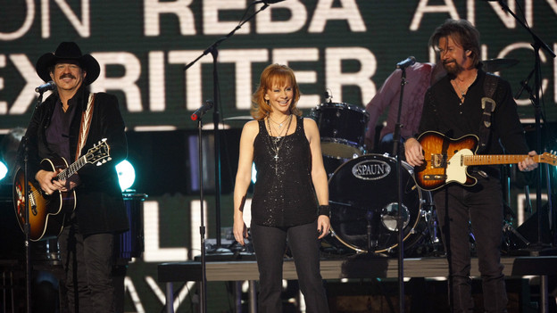 "THE 42ND ANNUAL CMA AWARDS - THEATRE - ""The 42nd Annual CMA Awards"" aired live from the Sommet Center in Nashville, WEDNESDAY, NOVEMBER 12 (8:00-11:00 p.m., ET) on the ABC Television Network. (ABC/CHRIS HOLLO)REBA MCENTIRE"