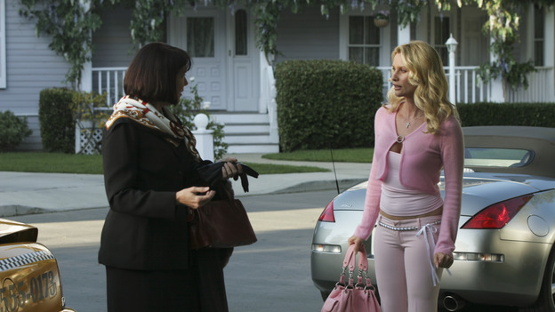 "DESPERATE HOUSEWIVES - ""Move On"" - Edie organizes a neighborhood search for the missing Mrs. Huber, just as the absent busybody's sister (guest star Harriet Sansom Harris) arrives on Wisteria Lane. Meanwhile, Bree resigns herself to her marital state and asks an attractive pharmacist (Tony Award-winning actor Roger Bart) on a date; Susan's ex, Karl (guest star Richard Burgi), suddenly reappears in her life; Lynette fears that Tom is attracted to the new nanny (guest star Marla Sokoloff); and Gabrielle sinks to new depths - she gets a job -- on ""Desperate Housewives,"" SUNDAY, JANUARY 9 (9:00-10:00 p.m., ET), on the ABC Television Network. (ABC/SCOTT GARFIELD)HARRIET SANSOM HARRIS, NICOLLETTE SHERIDAN"