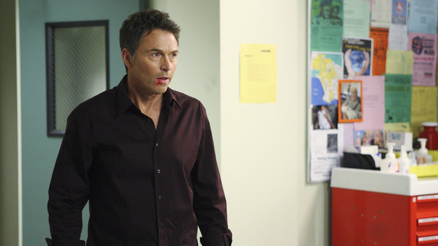 "PRIVATE PRACTICE - ""Blowups"" - Two back-to-back episodes of ""Private Practice"" air on THURSDAY, DECEMBER 3. In the second episode, ""Blowups"" (10:00-11:00 p.m.), a terrible explosion at Dell's house lands Betsey and Heather in the hospital, and everyone is pushed to the limit trying to save their lives. Tensions rise even higher between Addison and The Captain when her mother, Bizzy, shows up and a shocking family secret is revealed. (ABC/CRAIG SJODIN)TIM DALY"