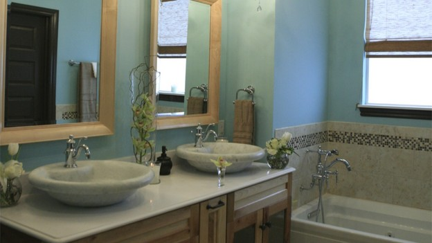 "EXTREME MAKEOVER HOME EDITION - ""Skaggs Family,"" - Bathroom, on ""Extreme Makeover Home Edition,"" Sunday, March 14th on the ABC Television Network."