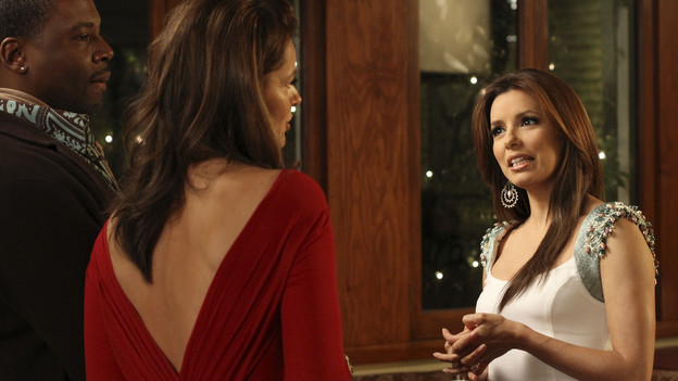 "DESPERATE HOUSEWIVES - ""Chromolume #7"" - Gaby and Angie head to New York in search of Danny and Ana, on ABC's ""Desperate Housewives,"" SUNDAY, MARCH 14 (9:00-10:01 p.m., ET). While in the Big Apple, a chance encounter with supermodels Heidi Klum and Paulina Porizkova leads Gaby to an unexpected revelation about herself. Meanwhile, Lynette and Tom are in for a big surprise when Preston returns from Europe; Mike is determined to show Susan what a man he is after feeling emasculated; Bree discovers a shocking connection to her new employee, Sam; and Katherine is confused over her feelings for Robin. (ABC/RON TOM)JONATHAN ADAMS, PAULINA PORIZKOVA, EVA LONGORIA PARKER"