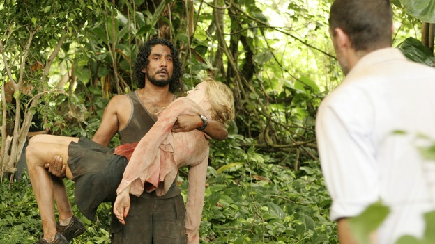 LOST - &quot;Collision&quot; (ABC/MARIO PEREZ)NAVEEN ANDREWS, MAGGIE GRACE, MATTHEW FOX