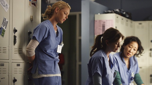 "GREY'S ANATOMY - ""Testing 1-2-3"" - The interns take the biggest test of their careers, their first-year medical exams, as the residents attend to three injured mountain climbers. Meanwhile Callie's suspicions of George and Izzie grow, and Cristina struggles to write her wedding vows, on ""Grey's Anatomy,"" THURSDAY, MAY 10 (9:00-10:01 p.m., ET) on the ABC Television Network. (ABC/SCOTT GARFIELD)KATHERINE HEIGL, ELLEN POMPEO, SANDRA OH"