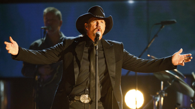 "THE 42ND ANNUAL CMA AWARDS - THEATRE - ""The 42nd Annual CMA Awards"" aired live from the Sommet Center in Nashville, WEDNESDAY, NOVEMBER 12 (8:00-11:00 p.m., ET) on the ABC Television Network. (ABC/CHRIS HOLLO)TRACE ADKINS"