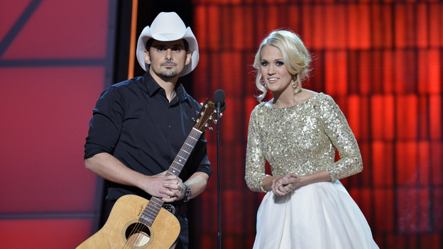 "THE 46TH ANNUAL CMA AWARDS - THEATRE - ""The 46th Annual CMA Awards"" airs live THURSDAY, NOVEMBER 1 (8:00-11:00 p.m., ET) on ABC live from the Bridgestone Arena in Nashville, Tennessee. (ABC/KATHERINE BOMBOY-THORNTON) BRAD PAISLEY, CARRIE UNDERWOOD"