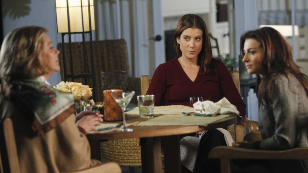 "PRIVATE PRACTICE - ""If You Don't Know Me By Now"" - Addison's mother, Bizzy, aggressively demands her daughter do whatever it takes to save her partner from dying - including working with Dr. Rodriguez once again. Meanwhile Amelia and Pete's medical consultation is complicated when a patient's wife and his mistress disagree on the course of treatment, Charlotte and Cooper try to be intimate with each other again, and Violet considers publishing a personally-revealing book she's written, on ""Private Practice,"" THURSDAY, JANUARY 6 (10:01-11:00 p.m., ET) on the ABC Television Network. (ABC/JORDIN ALTHAUS)JOBETH WILLIAMS, KATE WALSH, CATERINA SCORSONE"