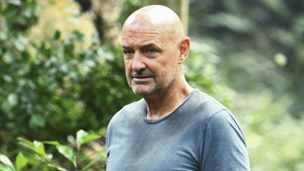 "LOST -  ""This Place is Death"" - Locke takes on the burden to stop the island's increasingly violent shifts through time, on ""Lost,"" WEDNESDAY, FEBRUARY 11 (9:00-10:02 p.m., ET) on the ABC Television Network.  (ABC/MARIO PEREZ) TERRY O'QUINN"