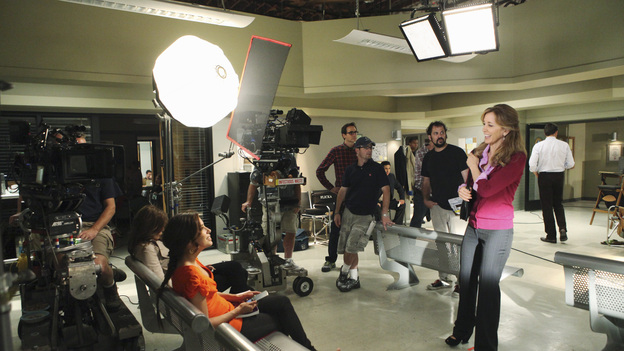 "DESPERATE HOUSEWIVES - ""Putting It Together"" - Gaby, Susan and Lynette begin to panic when Chuck calls them in individually for questioning about the disappearance - and possible murder - of Alejandro. And Bree's life begins to spiral into despair when her friends abandon her after they blame her for scorning Chuck and causing him to take out his revenge on them. Meanwhile, Lynette asks a favor of Tom that could ruin his relationship with Jane, and Susan is made a once-in-a-lifetime proposition to become a real artist, on ""Desperate Housewives,"" SUNDAY, DECEMBER 4 (9:00-10:01 p.m., ET) on the ABC Television Network. (ABC/DANNY FELD)TERI HATCHER, EVA LONGORIA, FELICITY HUFFMAN"