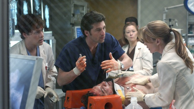 "101728_1847 -- COMPLICATIONS - ""NO MAN'S LAND"" (ABC/ RON TOM)T.R. KNIGHT, PATRICK DEMPSEY, F.J. RIO, ELLEN POMPEO"