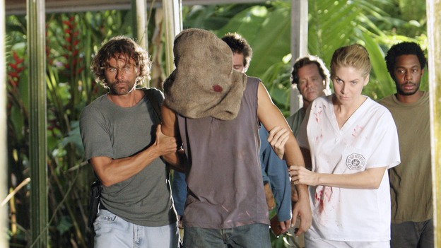 "LOST - ""Every Man for Himself"" - Sawyer discovers just how far his captors will go to thwart any plans of escape he and Kate might have, and Jack is called upon to scrub up in order to save the life of one of ""The Others."" Meanwhile, Desmond's behavior begins to perplex the survivors when he starts construction on an unknown device, on ""Lost,"" WEDNESDAY, OCTOBER 25 (9:00-10:01 p.m., ET), on the ABC Television Network. (ABC/MARIO PEREZ)MATTHEW FOX, ELIZABETH MITCHELL"