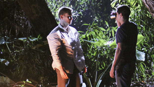 "LOST - ""What They Died For"" - While Locke devises a new strategy, Jack's group searches for Desmond, on ""Lost,"" TUESDAY, MAY 18 (9:00-10:02 p.m., ET) on the ABC Television Network. (ABC/MARIO PEREZ)MARK PELLEGRINO, MATTHEW FOX"