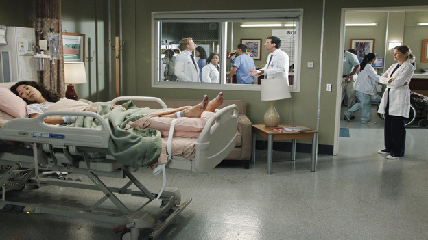 "GREY'S ANATOMY - ""Remember the Time"" - (ABC/RICHARD CARTWRIGHT)SANDRA OH, KEVIN MCKIDD, CHANDRA WILSON, CRAIG SUSSER, ELLEN POMPEO"